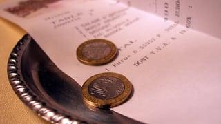 Wieviel Trinkgeld ist üblich? Drei Faustregeln helfen (Artikel enthält Audio)