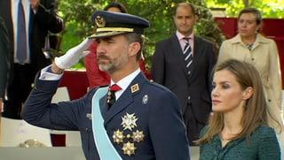 Stillgestanden: Felipe und Familie beim Nationalfeiertag