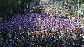 Demonstrationen in Bangkok weiten sich aus