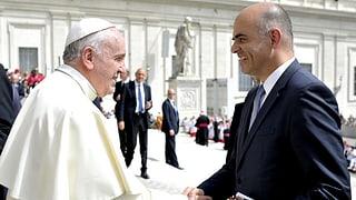 Papst Franziskus wird drei Bundesräte treffen