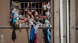 Geköpft und verbrannt: 18 Tote bei Gefängnis-Unruhen in Brasilien
