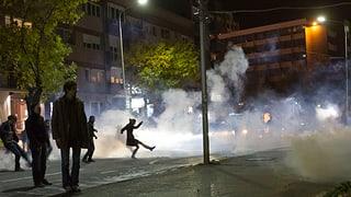Tränengas für Oppositionsanhänger
