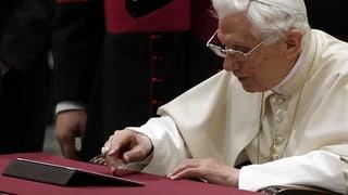 Erster Papst-Tweet: «Von Herzen segne ich euch»