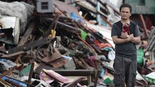 Taifun-Opfer immer verzweifelter