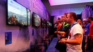 Gamescom 2013: Playstation will spielen, Xbox will mehr