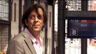 «Mitten ins Land» – Pedro Lenz fühlt den Schweizern den Puls