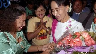 Grosser Empfang in China für Aung San Suu Kyi