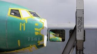 Gewinn von Boeing bricht ein