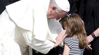 Papst verschärft Regeln zum Schutz der Kinder