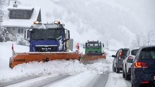 Viel Schnee sorgt für Probleme am Gotthard