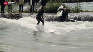 Die Surfer in Bremgarten freuen sich über das viele Wasser