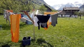 Video «Wetterphänomene: Warum trocknet Wäsche bei Raumtemperatur? (3/5)» abspielen