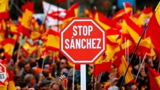 Tausende protestieren gegen Katalonien-Politik