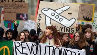 Zehntausende gehen für Klimaschutz auf die Strasse