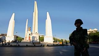 Das öffentliche Leben in Bangkok legt eine Pause ein