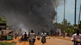 Burkina Faso: Putschisten entlassen Präsidenten aus Geiselhaft