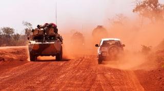 EU-Aussenminister entsenden Militärausbilder nach Mali