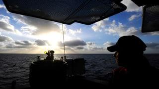 30 Flüchtlinge bei Überfahrt erstickt