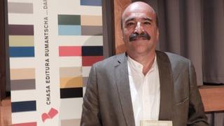 Dumenic Andry vegn onurà cun premi da litteratura svizzer