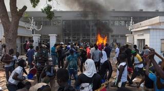 Armee stürzt Regierung in Burkina Faso