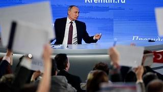 «Keine russischen Soldaten im Donbass»: In seinem jährlichen Pressegespräch äussert sich Kreml-Chef Putin auch zum Ukraine-Konflikt.