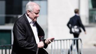 Seehofer: «Lasse mich nicht von Kanzlerin entlassen»