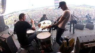 6 Bands, die auf den Drums der Vetsch Brüder Gas geben