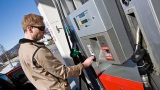 An Tankstellen wird weiterhin Geld blockiert