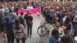 Grosse Solidarität mit den Flüchtlingen