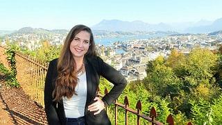Julia (26) lebt mit einem künstlichen Darmausgang