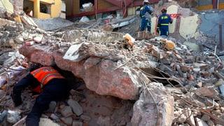 Zahl der Erdbebenopfer stark angestiegen
