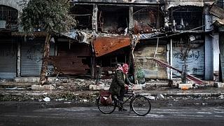 Syrische Soldaten und Rebellen exekutieren Gegner