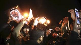 Demonstranten stürmen saudische Botschaft in Teheran