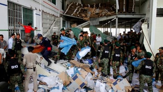 Fabrikdach in Kambodscha eingestürzt – zwei Tote