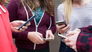 Video ««Medienclub»: Immer am Handy» abspielen