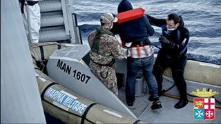 Über 2000 Flüchtlinge vor Sizilien gerettet