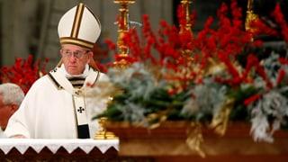 Das Schicksal heutiger Flüchtlinge gleiche jenem von Maria und Josef, hatte Franziskus bereits an Heiligabend gemahnt.