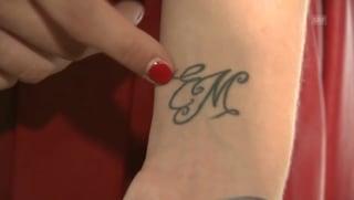 Liebes-Tattoo: So sehr verehrt Aurora Ramazzotti ihre Eltern