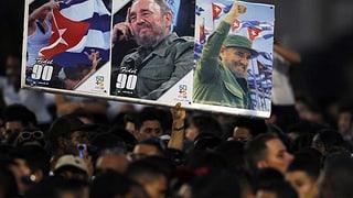 «Adiós Comandante» – die Welt verabschiedet sich