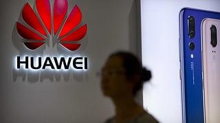 «Der Bund kann die Zusammenarbeit mit Huawei nicht verbieten» (Artikel enthält Audio)