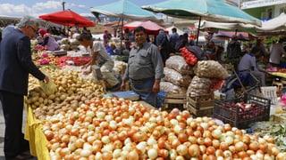 Mit Polizei gegen Gemüsehändler