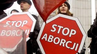 Protestmärsche in Polen: Abtreibungsgesetz ist Fehlgeburt