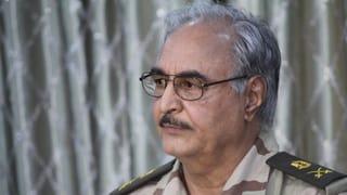 Abtrünniger General steht vor Tripolis