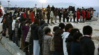 Japan gedenkt der Toten der Erdbeben-Katastrophe