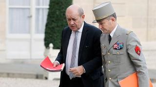 Frankreichs Armee-Chef tritt zurück