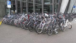 Begehrte Veloparkplätze am Bahnhof Luzern müssen weichen