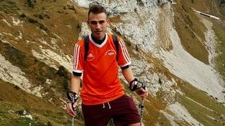Daniel (23): «Nach jeder OP muss ich das Laufen neu erlernen»