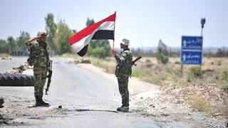 Rebellen geben mehrere Städte im Süden Syriens auf
