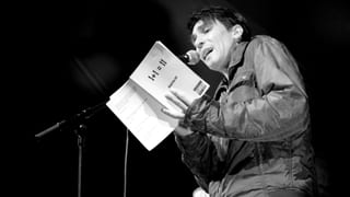 Poetry-Slammer Andivalent entlarvt die Perversionen des Alltags