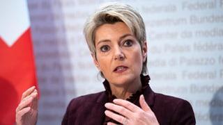 Karin Keller-Sutter: dschihadists na duain betg returnar en Svizra
